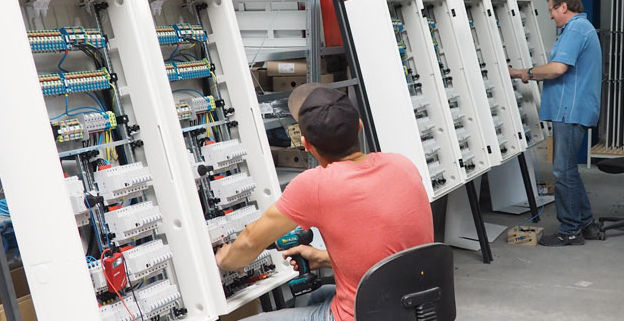 Stellengesuch Elektrohelfer Job Bewerbung